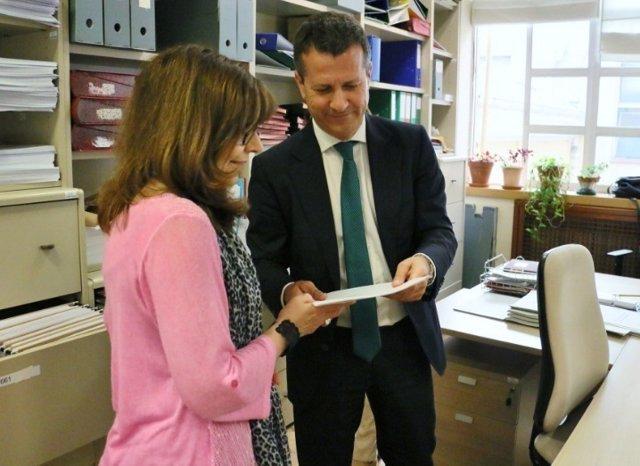 Senador de PNV registra comparecencia de expertos sobre refugiados