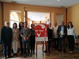 Unos 50 alumnos de música de Cáceres, Francia, Alemania y Suecia representan en el Gran Teatro escenas de El Quijote