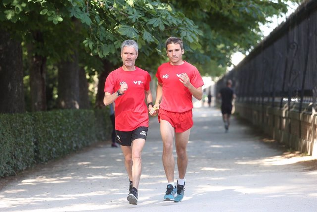 Martin Fiz corre junto al invidente Pablo Cantero