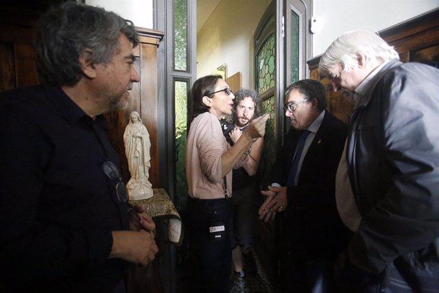 Silvia Munt con Àngel Ros en el rodaje de 'Vida privada'