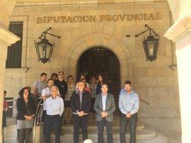 La Diputación de Teruel guarda un minuto de silencio en solidaridad con las víctimas del atentado de Manchester