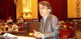 El Parlament pide al Govern bonificaciones para los propietarios de alquileres de larga duración