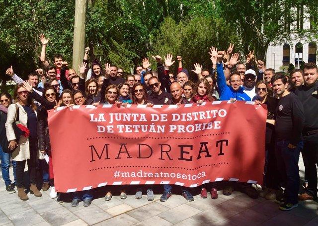Participantes de MadrEAT en una concentración