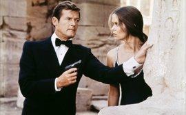 5 razones por las que Roger Moore es el mejor James Bond