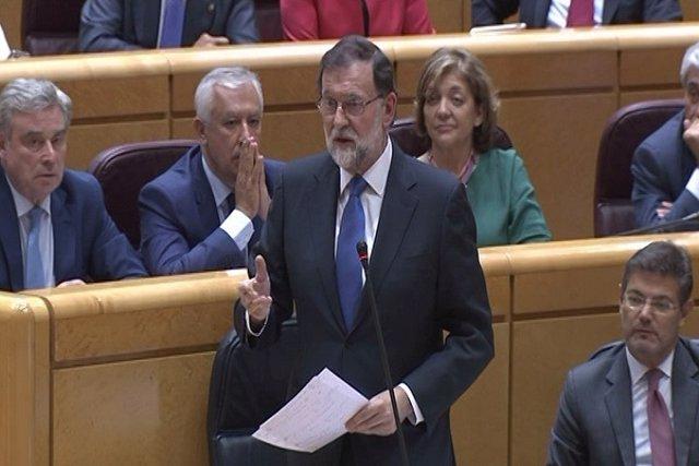 Rajoy recomienda a Espinar más tila y menos Coca-Cola