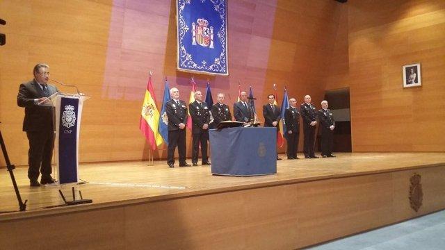 Zoido preside la toma de posesión de cinco altos mandos de la Policía