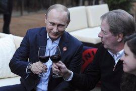 """Putin promete que la organización de Rusia 2018 será """"del mayor nivel posible"""""""
