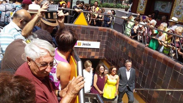 Puig, Oltra y Garrote en la estación de Metrovalencia de 'Jesús'