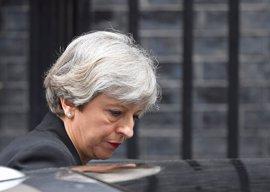 """May eleva el nivel de amenaza terrorista a """"crítico"""" tras el atentado en Mánchester"""