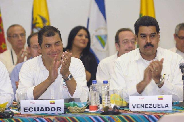 El presidente de Ecuador, Rafael Correa y su homónimo venezolano, Maduro