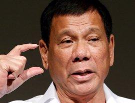 """Duterte asegura que """"será duro"""" en la aplicación de la ley marcial en el sur de Filipinas"""
