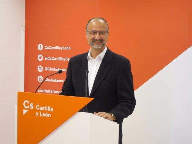 El portavoz de Cs en las Cortes, Luis Fuentes