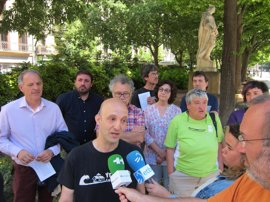 """Cuatripartito y colectivos piden la """"paralización"""" del recrecimiento de Yesa"""