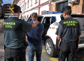 Sorprendidos un menor y un vecino de Beniel tras cometer un robo en una vivienda de Mazarrón