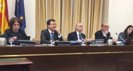 La comisión sobre Fernández Díaz se cita el lunes para decidir próximas comparecencias