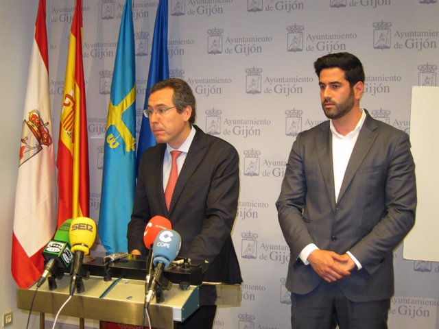 Fernando Couto (Foro) Y Gerente Gijón Impulsa, Ruben Hidalgo