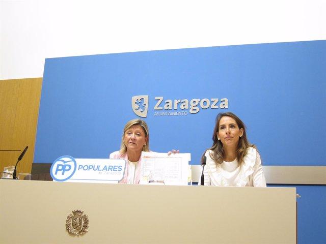 Patricia Cavero y María Navarro (PP), hoy en rueda de prensa en el Ayuntamiento