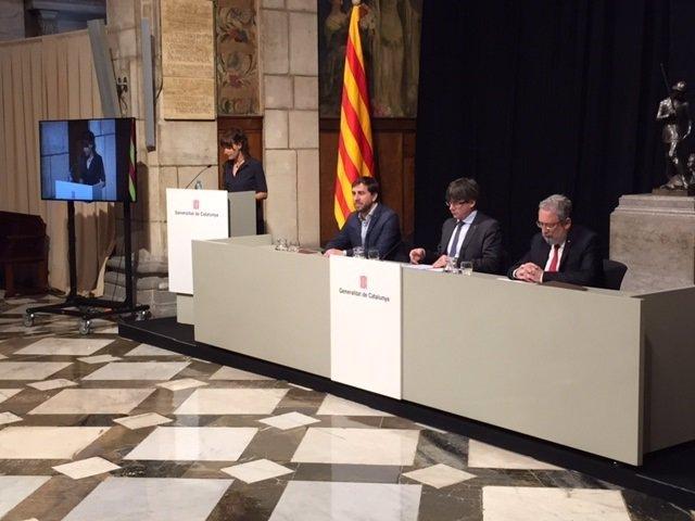 Conseller de Salud T.Comín; pte.C.Puigdemont, secr.Salud Pública J.Guix