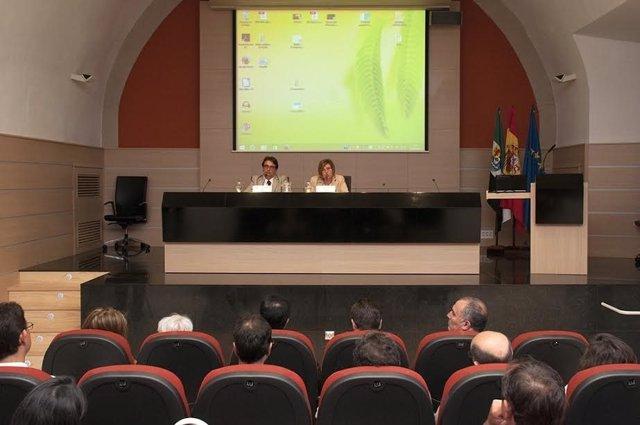 Alcaldes en jornadas de accesibilidad en Cáceres