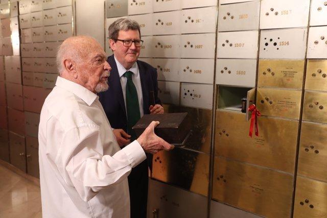 Mario Muchnick deposita un legado en la Caja de las Letras