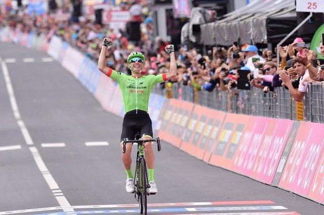 Pierre Rolland gana en el Giro