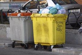 Sindicatos convocarán huelga indefinida de recogida de basuras en Madrid a partir del 12 de junio