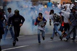 La fiscal general de Venezuela critica la fuerza empleada por los agentes en las manifestaciones