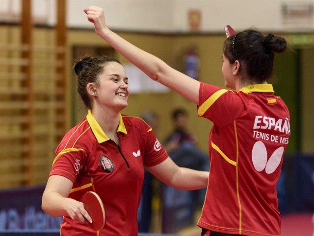 Las españolas Ana García y Claudia Caymel en tenis de mesa