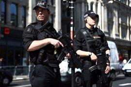 Mil policías armados se despliegan en Londres para garantizar la seguridad tras los últimos atentados