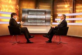 """Puigdemont defiende que el Govern no acusara a CDC y ve falta de """"ética"""" en Colau"""