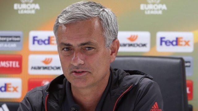 El técnico del Manchester United, Jose Mourinho