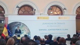 Rajoy anuncia una nueva subasta de energía renovable por 3.000 megawatios para luchar contra el cambio climático