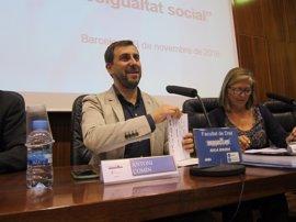 "Consejero catalán ofrece ""argumentos"" sobre el referéndum unilateral para convencer a Podem"