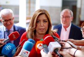 """Susana Díaz asegura que le """"parecerá bien"""" la dirección del PSOE que conforme Pedro Sánchez"""