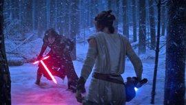 """Star Wars: Kylo Ren está """"rehabilitándose"""" al inicio de Los últimos Jedi"""