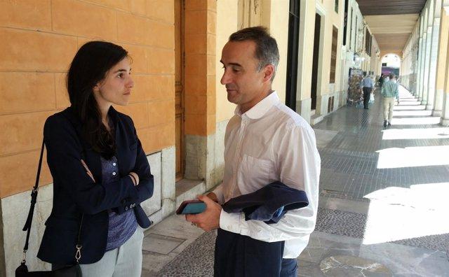 Pere Joan Pons Atiende A Los Medios