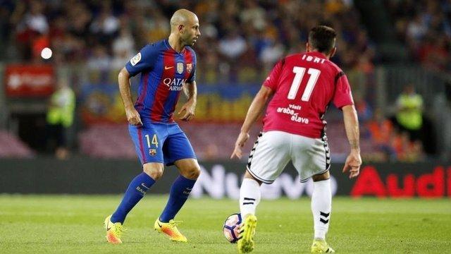Mascherano (Barcelona) e Ibai Gómez (Alavés)