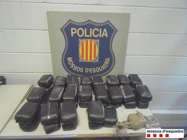 La droga incautada por los Mossos d'Esquadra en las detenciones