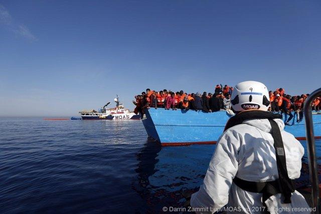 Rescate de inmigrantes en Mediterráneo MOAS