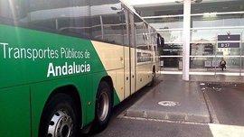Junta licita servicios para renovar las líneas de buses de la capital, Roquetas y El Ejido