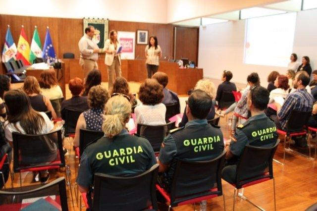 Pizarra. Mesa contra la violencia de género