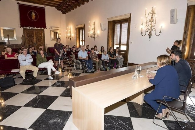 Reunión para poner en marcha la II Diputación Inclusiva de Cáceres