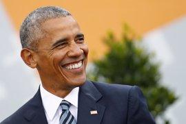 """Obama carga contra el nacionalismo en Berlín: """"No nos podemos esconder detrás de un muro"""""""