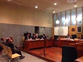 El fiscal rebaja a 17 años la petición de cárcel para el exdirector de Feval José Luis Viñuela