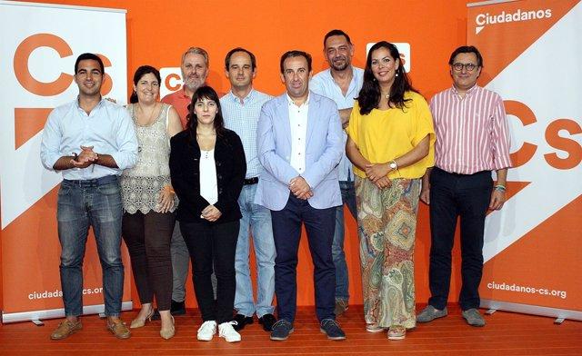 Nueva junta directiva de la Agrupación de Cs en Huelva.