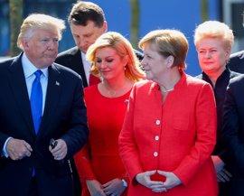 Merkel amenaza con retirar a las tropas alemanas de Turquía