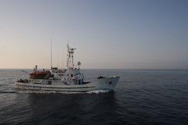 El buque hidrográfico 'Antares' realiza una jornada de puertas abiertas en Málaga