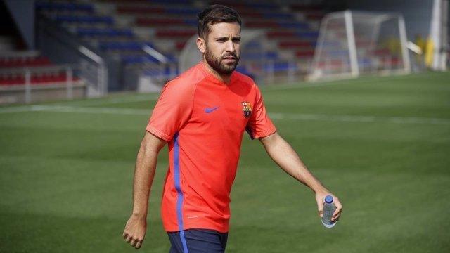 Jordi Alba entrenando con el Barcelona