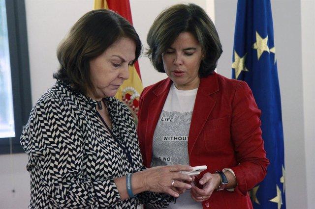 Soraya Sáenz de Santamaría y Mitzy Capriles