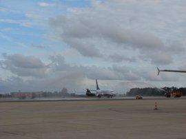 Ryanair anuncia dos nuevas rutas desde Sevilla a Vitoria y la ciudad alemana de Baden-Baden